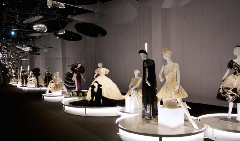 Couturiers de la Danse, le théâtre de la mode