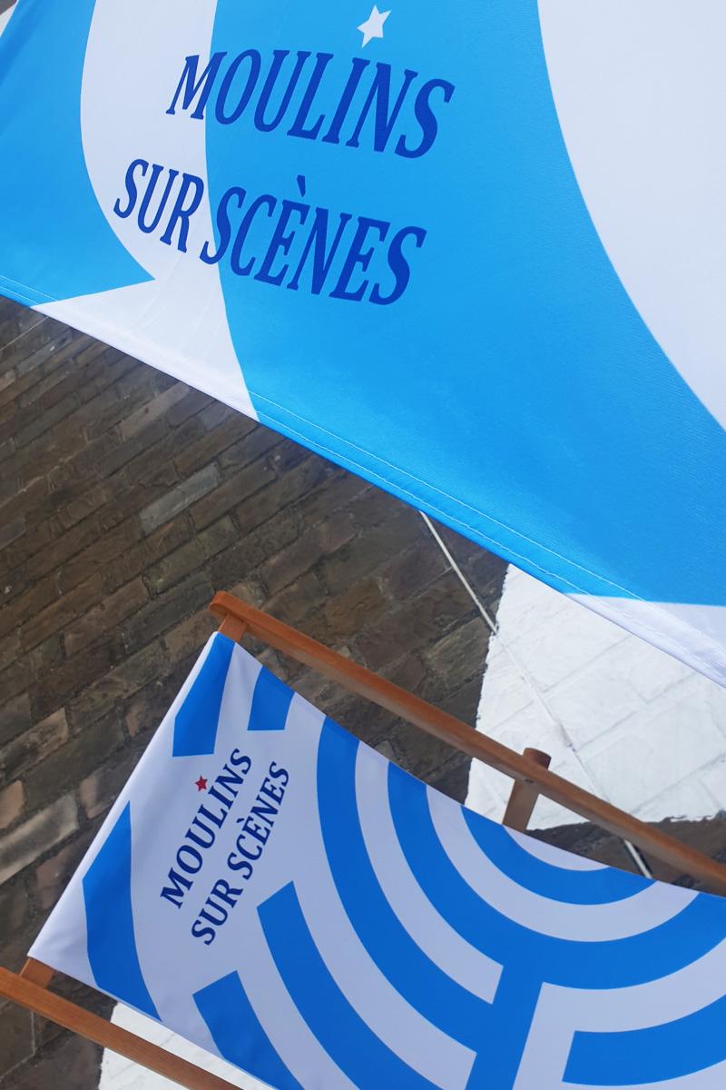 Transat et parasol version bleu